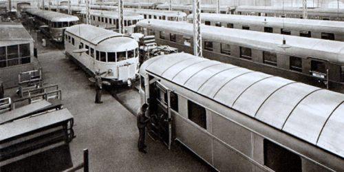 Le due 025D in primo piano nella fabbrica FIAT