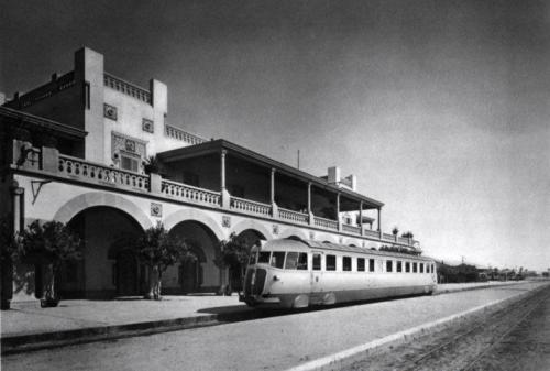 Littorina alla stazione di Tripoli
