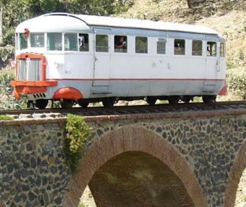 Littorina Eritrea, Foto © da www.ferroviaeritrea.it