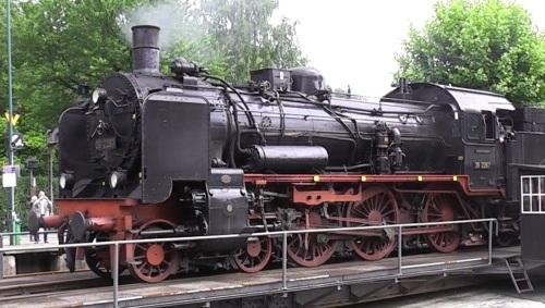 Una P8 a Bochum- Un solo duomo posto dietro la sabbiera, con parafumo e campana, preriscaldatore e pompe sul lato sinistro. (Foto tratta da www-theaylesburynews-com