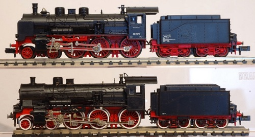 In basso la Gr.675 di Fabrizio Mazziero, ed in alto la Br 58 da cui deriva