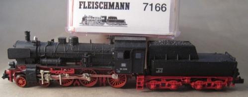 Fleischmann Piccolo 7166 - DB Br 38 2208 senza duomo di alimentazione, con sopralzo sulla cabina e parafumo ad alette