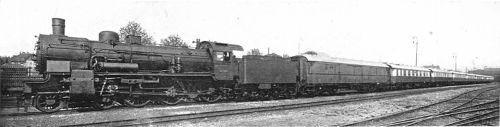 rheingold_express con una P8 in testa, foto da wikipedia, originale da cj allen - steel highway, 1928.
