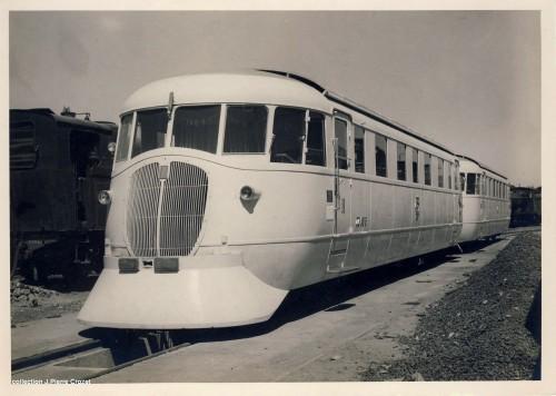 1938: la littorina subito dopo l'applicazione del cacciapietre. Foto © Collezione Jean-Pierre Crozet