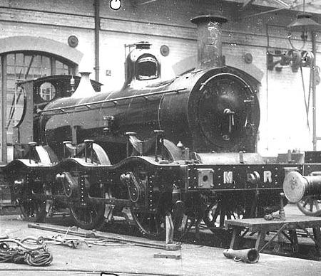 Midland Railway 2f 0-6-0 n.697 in manutenzione - foto da warwickshirerailways-com